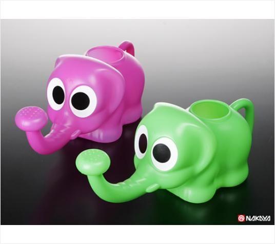 NAKAYA日本象鼻子洒水壶(粉绿混色)塑料浇水壶